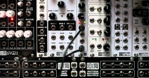 Low Frequency Oscillator (LFO)